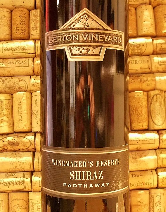 BERTON BLACK SHIRAZ WINEMAKERS RESERVE